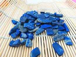 Wholesale 30pcs Natural lapis lazuli crystal gravel aquarium decoration pot magnet flower crystal fish tank nunatak sculpture energy stone