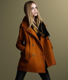 Wholesale Ladies Outerwear New Winter Fashion Woolen Coat European and American Style Double breasted Woolen Coat S M L XL Colors