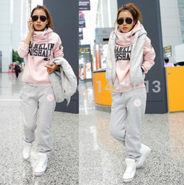 Wholesale 2014 sport suit women clothing set winter sport suit women pc set Tracksuits clothing winter suit