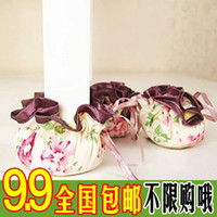 Wholesale Golden Delicious shipping pastoral thick cloth gloves chair chairs table leg sets chair mats single price