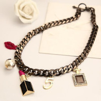 Cheap Lipstick 5 European and American Jewelry Exaggerated Ornaments Clavicle Clavicle Chain Short Necklace Women Clothing Accessories