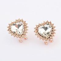 Wholesale Korean jewelry love luxury style ear buckle joker zhuorun