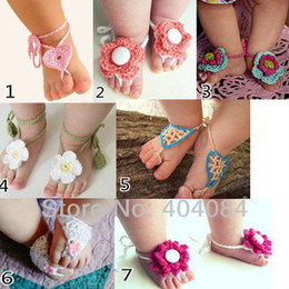 Wholesale 20pcs pair colors baby girl first walkers shoes baby foot flowers shoes girl s pretty knitting wool sandals