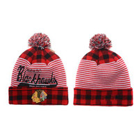 Wholesale Blackhawks Beanies Hockey Pom Pom Beanies Cheap Knitted Hockey Hats Warm Winter Caps Sports Team Skull Caps Cool Winter Beanie Hats Hot Sale