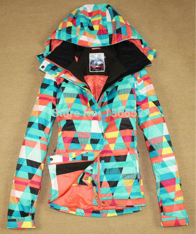 2015 Womens Ski Jacket Colorful Triangles Snowboarding Jacket Ladies Geometry Skiing Jacket Winter Sports Jacket Skiwear Waterproof 10k From Yunxuange201008