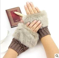 Wholesale Short paragraph needle fur gloves mitts Korean ladies winter warm lovely half finger gloves knitted gloves