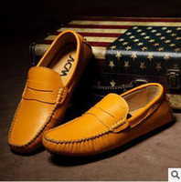 Wholesale 2014 new fashion doug shoes men s shoes leather head layer cowhide breathable shoes drive men leisure shoes