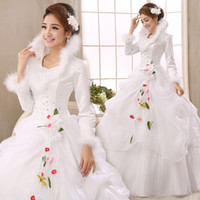 Wholesale New Arrival New Fashion Elegant Wedding Dress Long sleeved thickened Winter Send the veil gloves panniers