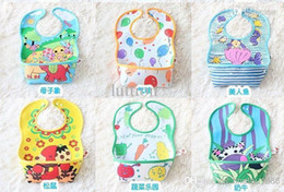 Wholesale Wholesales colors Stereo Pvc disposable bib pocket meal fed children food and clothing waterproof bibs bib pocket rice rice clothing p