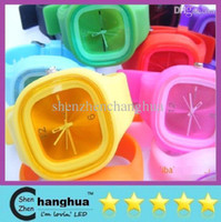 Wholesale NEW Hot Fashion Square Jelly Watch Unisex Quartz Sports Silicone Wrist Watches Candy SS com