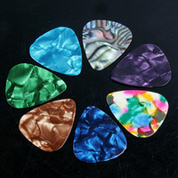 assorted guitar - 7Pcs Set Stylish Colorful Celluloid Guitar Picks Plectrums mm Assorted Color Guitar Parts Guitar Picks Case I63