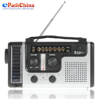 Wholesale Portable Crank Solar AM FM SW Shortwave Radio Receiver with Flashlight Solar light Emergency Charger