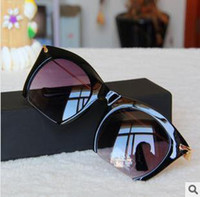 sun glasses - 2014 New Women Sunglasses Star Style Sunglasses UV400 Colors Fashion Sun glasses