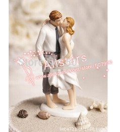 Wholesale Beach Kissing Resin Couple Figures Funny wedding Cake Toppers for wedding decoration supplies F