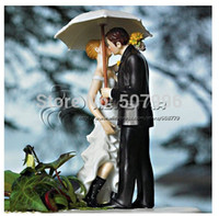Wholesale brand new quot Love under the umbrella quot Couple Figurine Funny wedding cake toppers wedding supplies F