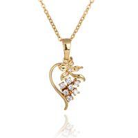 Wholesale Fashion Lady s K Gold Plated Flowers of true love Austria Zircon Necklace Shiny Pendant For Women H7102
