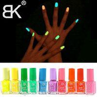 Wholesale New Hot Sale Colors Fluorescent Luminous Neon Glow In the Dark Varnish Paint Nail Art Polish