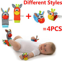 Wholesale Baby Development Infant Rattle Toys Bug Wrist Rattle And Foot Socks Hands Finders Baby Rattle Months Skin Friendly set