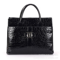Wholesale best selling cheap crocodile pattern women leather totes handbag spring new design cosmetics evening bags necessaries BH152