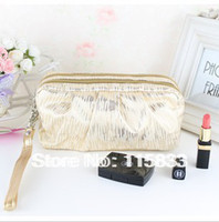 Wholesale New fashion bling pleated vertical stripe double layer cosmetic clutch bag female