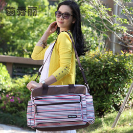 Wholesale Fashion Strips Mutifunctional Baby Diaper Bags Waterproof Mummy Bag Fashion Nappy Bags Mommy Bags For Stroller