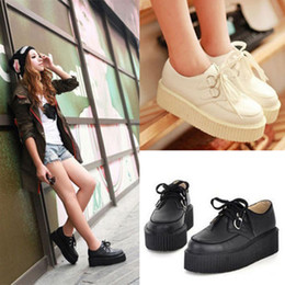 Wholesale-XWK002 Fashion Women Creepers White and Black Youth Style Flat Platform Shoes for Girls Hot Sale Shoes Women Creepers