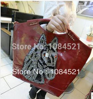 spyware - new women handbag channel of big shop sign spyware wrapped his hand the bill of lading shoulder bag