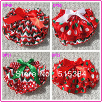 Wholesale Christmas bloomers for baby kids toddler christmas chevron bloomers shorts diapers in stocks