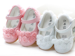 Wholesale 2014 autumn influx of new children s girls baby shoes leather sapatos de meninas flowers foot comfortable flat shoes princess