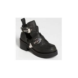 Wholesale lady European plus size coltrane cut out motorcycle boots women cut out motorcycle boots cool shoes EUR35