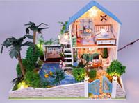 Revisiones Amante de bricolaje de madera montar-Venta al por mayor-Libre de bricolaje Modelo Romatic amante Casa Ensamble Villa muñeca Inicio / juguete Mini regalo del amante hijos miniatura de madera casa de muñecas
