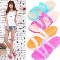 Wholesale Brand Retro Women Cro clogs sandal Platform shoes woman sneakers slipper Women flat garden shoes hole shoes