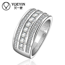 Wholesale R577 High quality new listings silver rings fashion jewelry Classic Crystal Ring beautiful Unisex wild rings