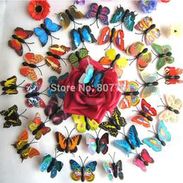 Noche de mariposa en Línea-Nueva noche de llegada pequeñas luces Chramatic lámpara mariposa sueño romántico encantador Led proyector Reloj niño 7-9CM envío gratis M114