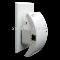 achat en gros de réseau informatique répéteur-Wifi Routeur Wifi Répéteur réseau informatique 802.11N / B / G Gamme Expandeur 300M 2dBi Antennes Signal Boosters sans fil 110V 220V