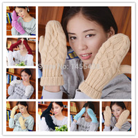 Wholesale 2015 New arrival pair Lovely womens Winter warm mittens Pure Manual Weaving knitted Thick Gloves Twist Wrist Mittens
