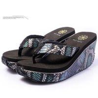 Wholesale New Platform serpentine Striped Slippers wedges Summer Beach high heel Flip Flops Shoes sandals for women st00041 b