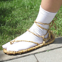 Wholesale Cosplay Bleach Straw Sandals Slipper Shoes Pair of Toe Socks