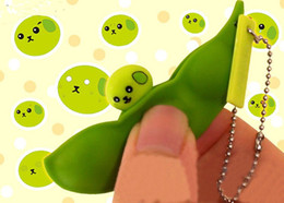 Wholesale Lovely Pea Bean Soybean Extrusion Edamame Pop Up Toy Keyring Keychain Gift
