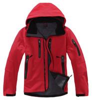 Wholesale new men outdoor camping amp hiking jackets softshell free tech windstopper waterproof rain warm windbreaker