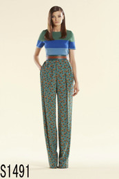 Wholesale spring summer women s runway fashion brief stripe color patchwork knitted sweater amp heart print silk pants set with