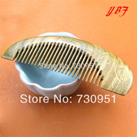 Cheap Wholesale-2015 fashion hairdresser professional brushes carve health care makeup wood Green sandalwood Combs hairdressing tools wholesale