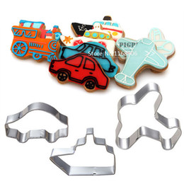 Wholesale barrowload boat amp airplane amp cars cookies cutter set stainless steel biscuit mould cake mould cookies cutting