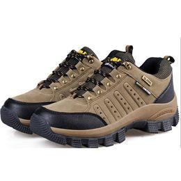 Wholesale Outdoor sport athletic high hiking rock climbing walking women men shoes designer mountain trekking sports winter boots shoes