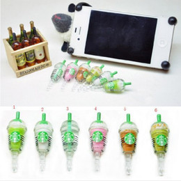 2017 venta al por mayor iphone polvo jack encantos El envío de Wholesale-6pcs / lot Starbucks linda forma de encanto móvil enchufe anti del polvo del auricular del enchufe de gato para el iPhone / Samsung 3.5mm precio bajo venta al por mayor iphone polvo jack encantos baratos