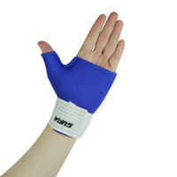 Wholesale wrist sports protective bandage hand protection thumb sports gloves basketball volleyball wrist
