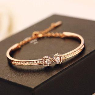 Vente En Gros Bracelets En Or Pour Les Femmes Modèles Minimaliste Petit Bracelet En Cristal Arc Zircon Coeur Double Shapecharm Bracelet Bangle De