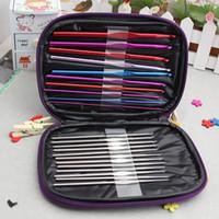 al por mayor 22pcs ganchillo de aluminio-Wholesale-22Pcs / Set Multi-color aluminio Crochet Hooks agujas de tejer de la armadura del arte con caso del envío