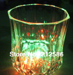 Wholesale LED Pineapple Cup Drinkware Flashing LED Wine Glass Blinking flashing cups For Bar Club Party