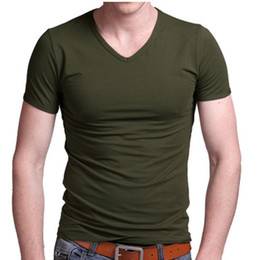 Wholesale-New In Spring Solid Blank Sleeved Movement Men Wild Slim V-Neck T-Shirt Autumn Primer Shirt Pure color men short sleeve T-shirt
